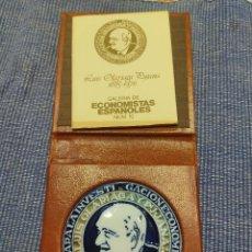 Medallas históricas: CALERIA DE ECONOMISTAS EPANOLES. Lote 238273635