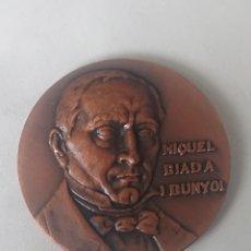 Medallas históricas: MEDALLA MIQUEL BIADA I BUNYOL EXPOSICION CIRCULO FILATELICO Y NUMISMATICO SANTS HOSTAFRANCHS. Lote 245395585