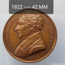 Medallas históricas: FRANCIA MEDALLA CHASSEBOEUF DE VOLNEY BRONCE PATINA EXQUISITA. Lote 246618370