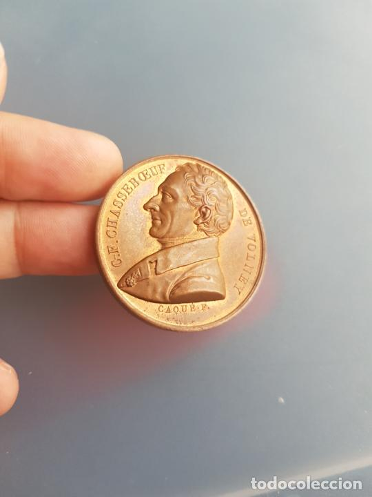Medallas históricas: FRANCIA MEDALLA CHASSEBOEUF DE VOLNEY BRONCE PATINA EXQUISITA - Foto 3 - 246618370