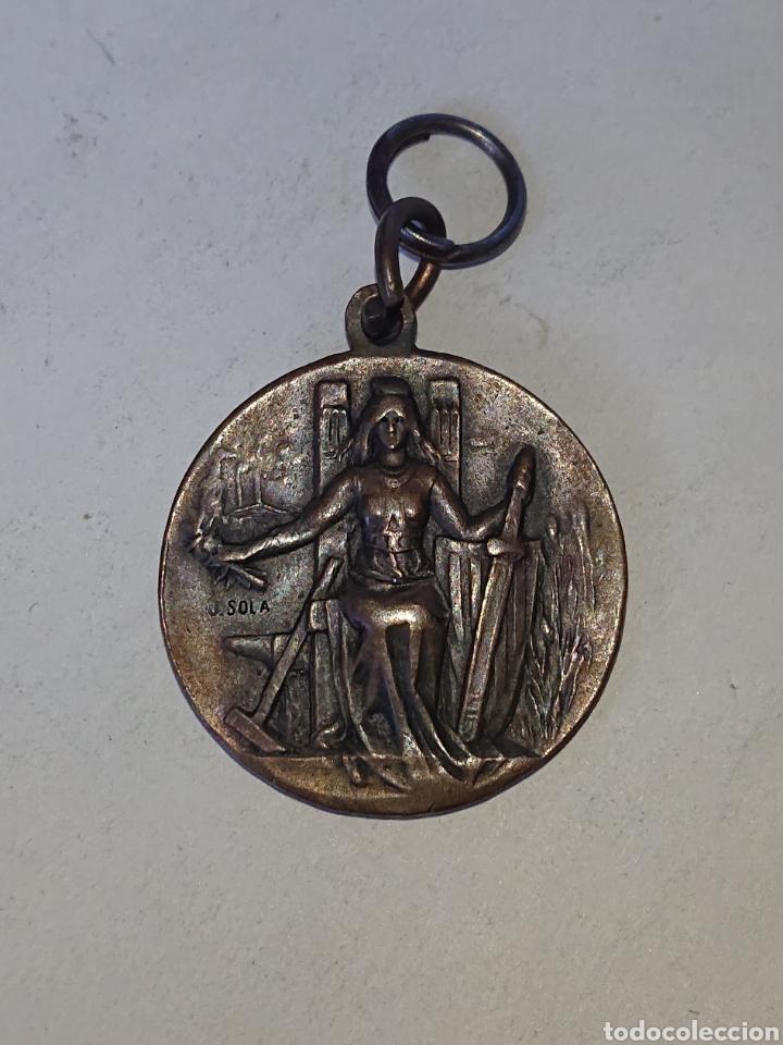 MEDALLA FESTA DE LA SOLIDARITAT CATALANA CATALUNYA ALS SEUS DEFENSORS (Numismática - Medallería - Histórica)