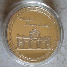 Medallas históricas: MADRID / PUERTA DE ALCALA - PLATEADA FDC - TAMAÑO DURO. Lote 248512070