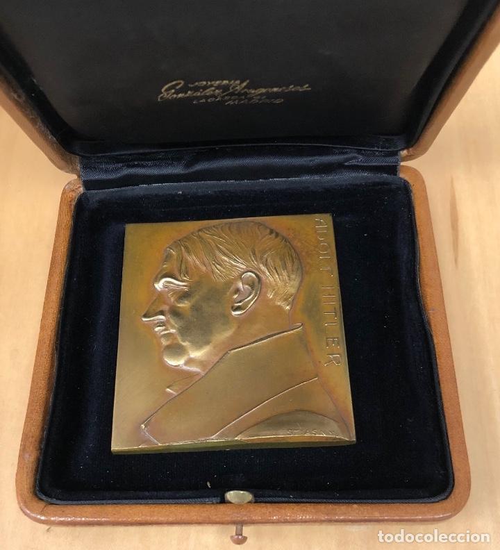 FANTASTICA MEDALLA ORIGINAL ADOLF HITLER. REALIZADA POR FRANZ STIASNY. FIRMADA (Numismática - Medallería - Histórica)