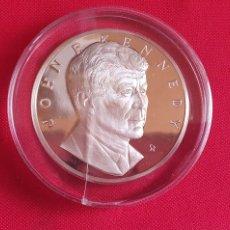 Medalhas históricas: MEDALLA JOHN KENNEDY THE FRANKLIN MINT 1000 GRAIN STERLING .MIDE 50 MM DIAMETRO. Lote 254511755