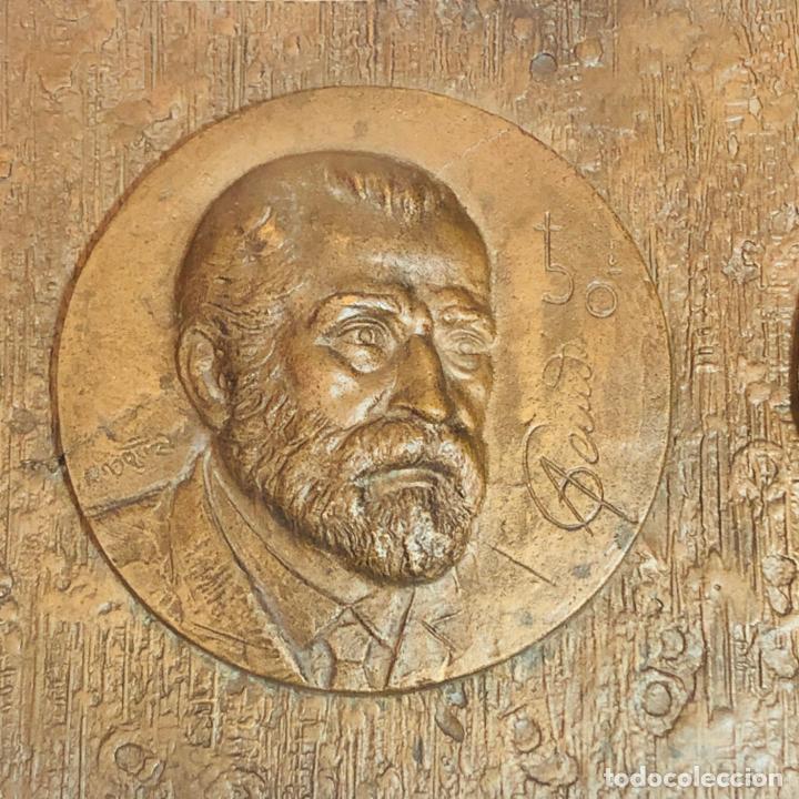 Medallas históricas: GRAN PLACA DE BRONCE, ANTONIO GAUDI CORNET, REUS - BARCELONA, 50 ANIVERSARIO, 2.160 gramos - Foto 2 - 255502850
