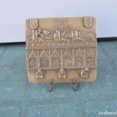 Medallas históricas: MEDALLA BRONCE DE INES DE CASTRO - TUMULO - MOSTEIRO DE ALCOBAÇA. Lote 263206080