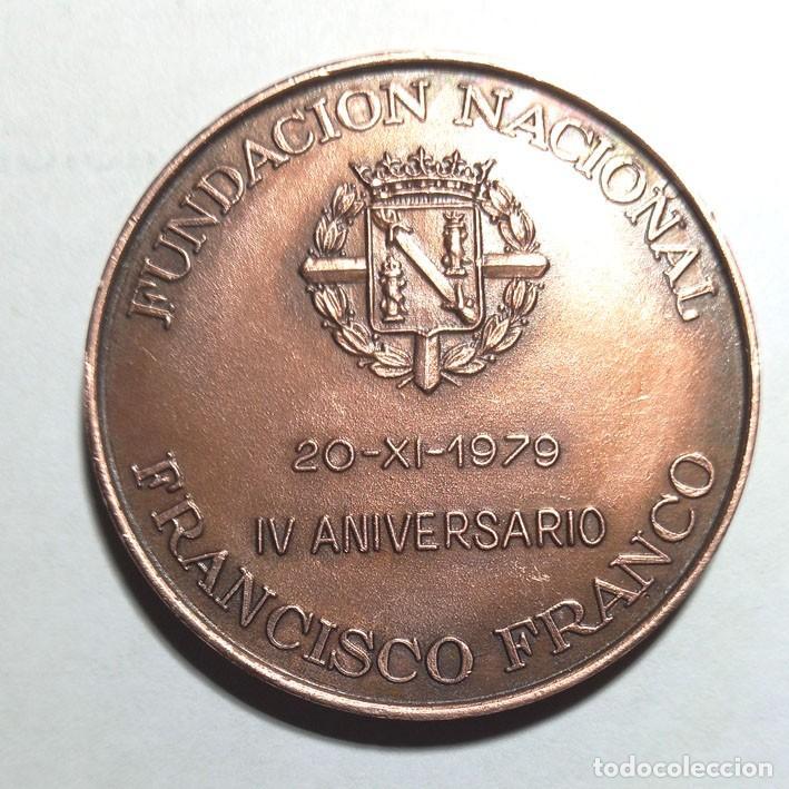 Medallas históricas: Medalla bronce Fundación Francisco Franco , Plaza de Oriente - Foto 2 - 266606208
