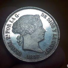 Medallas históricas: MEDALLA PLATA ISABEL II 20 REALES 1857 (125 ANIVERSARIO BANCO BILBAO). Lote 269228638