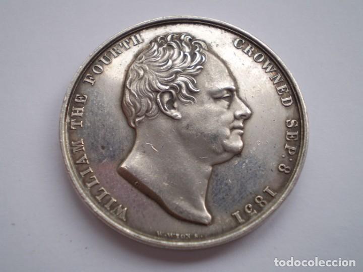 Medallas históricas: 65SCD14 Gran Bretaña 1831 Coronación de William IV y Adelaida medalla oficial de la Royal Mint - Foto 2 - 269982598