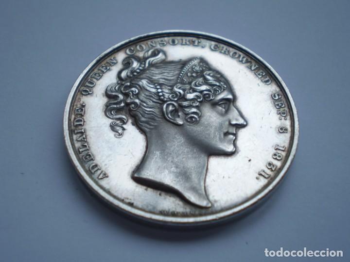 Medallas históricas: 65SCD14 Gran Bretaña 1831 Coronación de William IV y Adelaida medalla oficial de la Royal Mint - Foto 7 - 269982598
