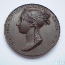 Medallas históricas: 19SCE14 GRAN BRETAÑA MEDALLA OFICIAL DE LA ROYAL MINT CORONACIÓN VICTORIA 1838 POR B. PISTRUCCI. Lote 272132523