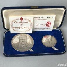 Medallas históricas: DOS MONEDAS O MEDALLAS DE PLATA DE LEY CENTENARIO DE WINSTON CHURCHILL. CERTIFICADO, 111GRAMOS. Lote 276705853