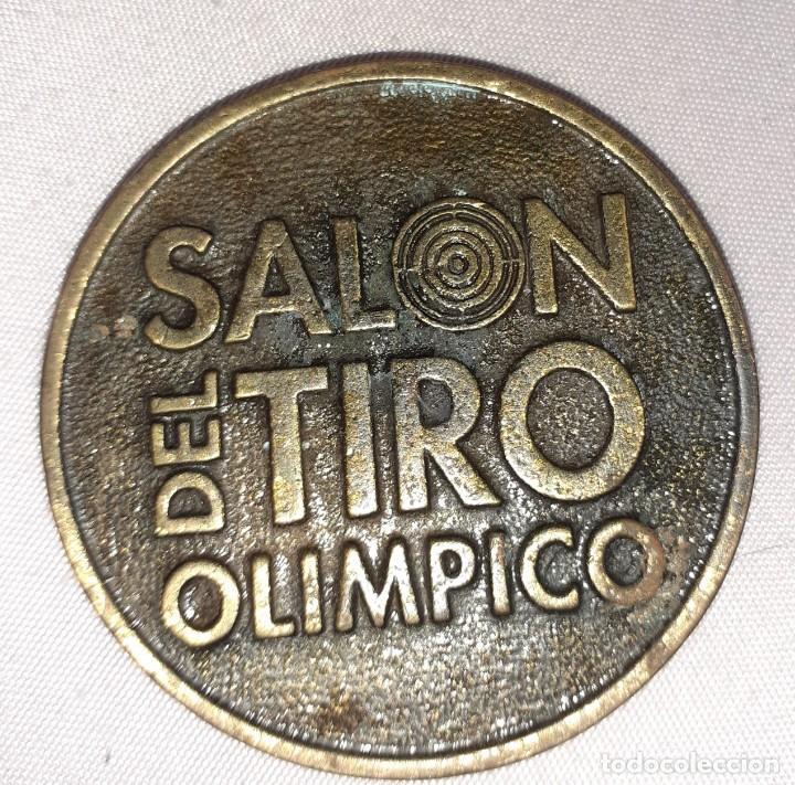 ANTIGUA MEDALLA DE SALÓN DE TIRO OLÍMPICO, TIRO CON ARMAS DE FUEGO (Numismática - Medallería - Histórica)