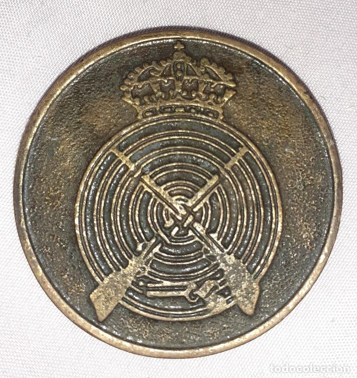 Medallas históricas: Antigua medalla de salón de tiro olímpico, tiro con armas de fuego - Foto 2 - 278624598