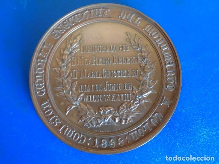 Medallas históricas: (MED-210900)Enorme y cotizada medalla catalana ( Ø 81 mm.) - Inauguración monumento a Colón año 1888 - Foto 4 - 287991218