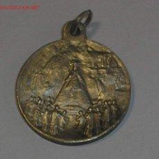 Medallas temáticas: ESTUPENDA MEDALLA DE LA VIRGEN DE MONTSERRAT. PRINCIPIOS SIGLO XX.. Lote 26459414