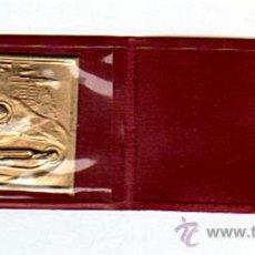 Medallas temáticas: PLAQUITA DE LATON DORADO,LOURDES...JE SUIS L'IMMACULÈE CONCEPTION (OFFERT PAR L'ALLIANCE CATHOLIQUE). Lote 16512135