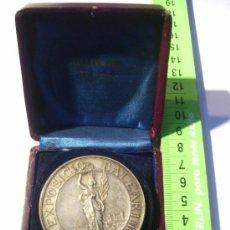 Medallas temáticas: MALLORCA. BALEARES. EXPOSICIÓN BALEAR. 1903. MEDALLA DE PLATA. CON ESTUCHE. . Lote 26486213