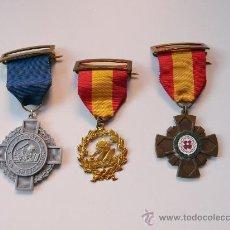 Medallas temáticas: TRES MEDALLAS PREMIO A LA APLICACION - COLEGIO SS CORAZONES MADRID. Lote 30182417