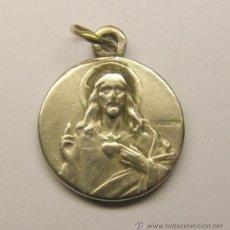 Medallas temáticas: MEDALLA RELIGIOSA DE PLATA.. Lote 31601419