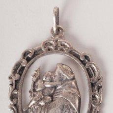 Medallas temáticas: MEDALLA PLATEADA TEMA RELIGIOSO. Lote 36297758