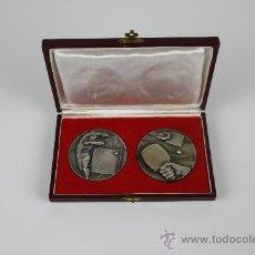 Medallas temáticas: M-02. PAREJA DE MEDALLAS CAMPEONATO DE ESPAÑA DE TENIS DE MESA MED S XX.. Lote 37782924