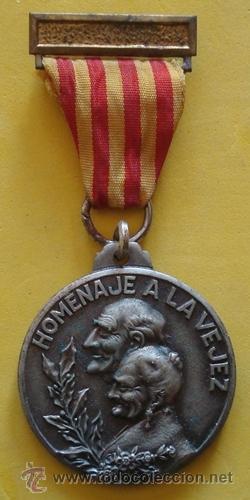 MEDALLA HOMENAJE A LA VEJEZ NOCES DE PLATA CASTELLÓ D´EMPÚRIES 12/4/71 (Numismática - Medallería - Temática)