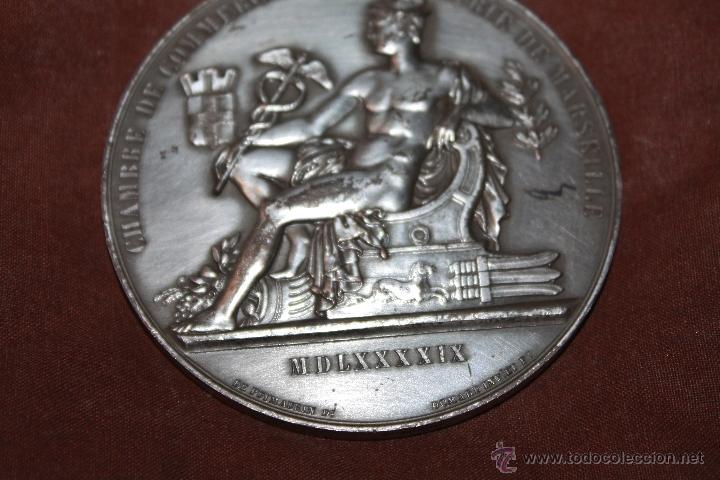 MEDALLA CONMEMORATIVA DE LA CAMARA DE COMERCIO DE MARSELLA,NO SE SI ES DE PLATA (Numismática - Medallería - Temática)