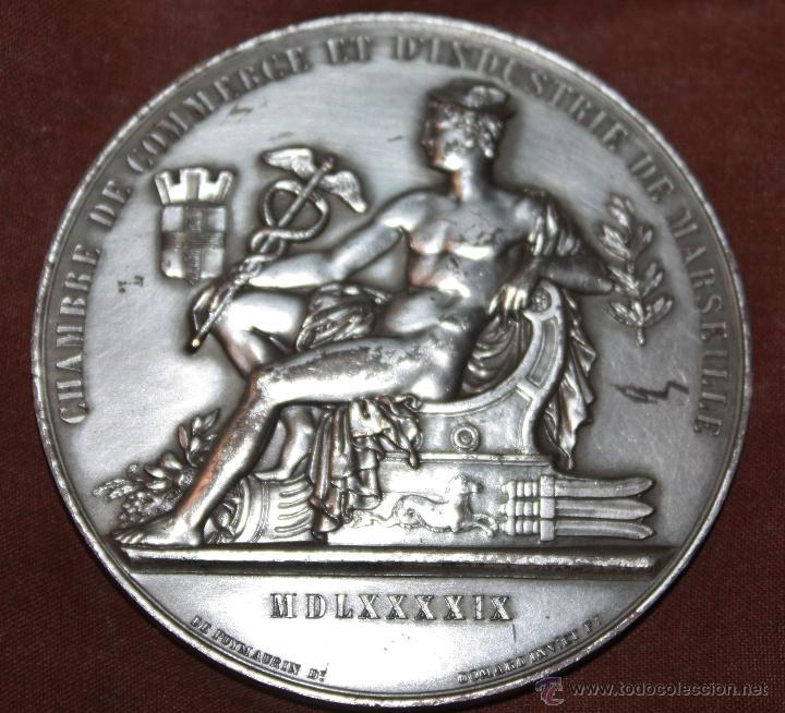 Medallas temáticas: MEDALLA CONMEMORATIVA DE LA CAMARA DE COMERCIO DE MARSELLA,NO SE SI ES DE PLATA - Foto 4 - 41381382
