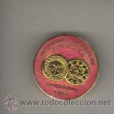 Medallas temáticas: MEDALLA CON AGUJA III CONGRESO NUMISMATICO NACIONAL -BARCELONA 1978 ESMALTADO. Lote 42057174