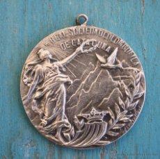 Medallas temáticas: ANTIGUA MEDALLA REAL SOCIEDAD COLOMBOFILA DE CATALUÑA - EN PLATA - CONCURSO PALOMAS MENSAJERAS 1929 . Lote 43923425