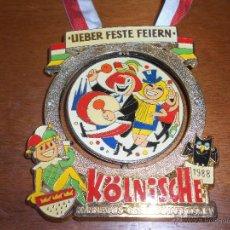 Medallas temáticas: GRAN MEDALLA METÁLICA GIRATORIA DEL CARNAVAL, ALEMANIA 1988, 11 X 9 CM.. Lote 45650336