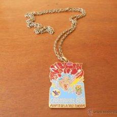 Medallas temáticas: MEDALLA METÁLICA DEL CARNAVAL, PUERTO DE LA CRUZ, TENERIFE 1988 5,5 X 3,5 CM. Lote 45650350