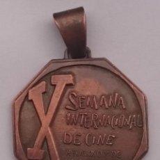Medallas temáticas: MEDALLA X SEMANA DE CINE DE VALLADOLID 1965. Lote 46721261