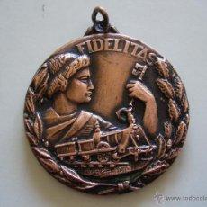 Medallas temáticas: MEDALLA DE LA RENFE FIDELITAS PREMIO A LA FIDELIDAD. Lote 48237599