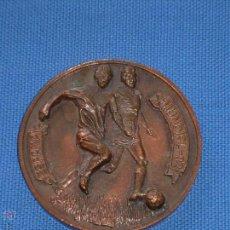 Medallas temáticas: MEDALLA CONMEMORATIVA DEL MUNDIAL 82 DE FUTBOL - BARCELONA CIUDAD SEDE - 6.5 CM. Lote 48856320