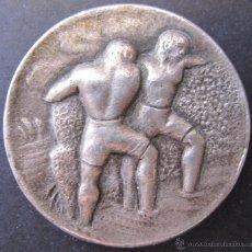 Medallas temáticas: MEDALLA A. BIACHINI INGENIEROS. BARCELONA 1908 - 1958. DIAM. 3 CM. Lote 49429986