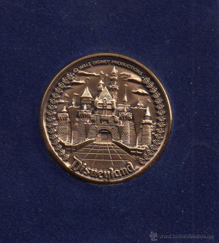 BONITA MEDALLA DE MI VIAJE A WALT DISNEY PRODUCTION DIAMETRO 40 MILÍMETROS PESO 38 GRAMOS (Numismática - Medallería - Temática)