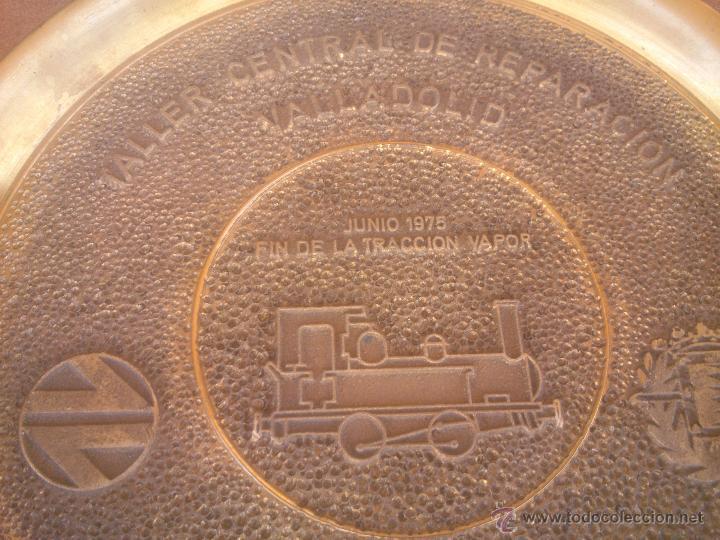 Medallas temáticas: TALLER CENTRAL DE REPARACION VALLADOLID RENFE FIN DE LA TRACCION VAPOR - Foto 4 - 50987828