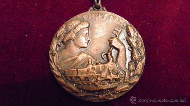 Medallas temáticas: RENFE.FIDELITAS.PREMIO A LA FIDELIDAD,RED FERROCARRILES ESPAÑOLES - Foto 4 - 51348773