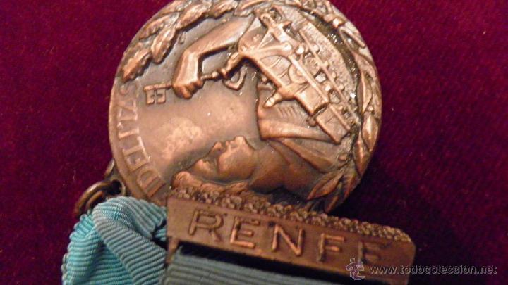 Medallas temáticas: RENFE.FIDELITAS.PREMIO A LA FIDELIDAD,RED FERROCARRILES ESPAÑOLES - Foto 5 - 51348773