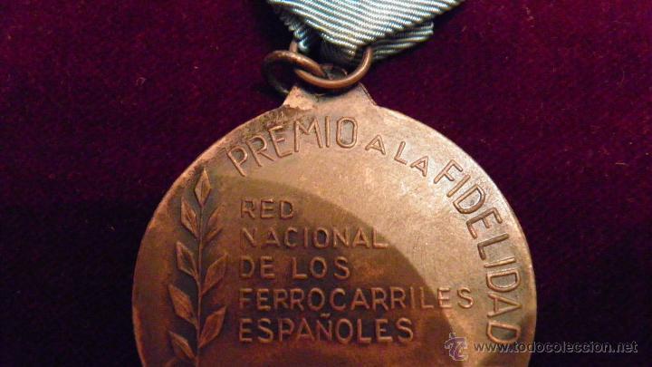 Medallas temáticas: RENFE.FIDELITAS.PREMIO A LA FIDELIDAD,RED FERROCARRILES ESPAÑOLES - Foto 8 - 51348773