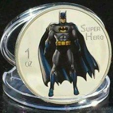 Medallas temáticas: BONITA MONEDA MARVEL DE BATMAN SUPER HERO PLATA Y COLOR. Lote 143358052