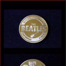 Medallas temáticas: MONEDA CONMEMORATIVA THE BEATLES BAÑADA EN ORO 24 KT. Lote 51707920