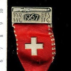 Medallas temáticas: PRECIOSA MEDALLA CONMEMORATIVA SUIZA, CIVIL O MILITAR. CON PRENDEDOR. Lote 52328550