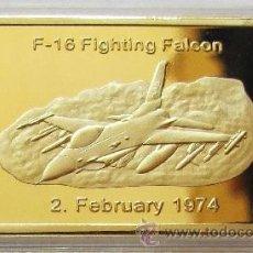 Medallas temáticas: LINGOTE U.S AIR FORCE ORO 24KT F-16 FALCON DE LUCHA DE U.S.A 1974 EDICION LIMITADA Y NUMERADA. Lote 52427068