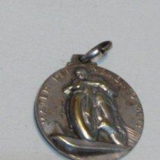 Medallas temáticas: MEDALLA MOTORISTA - MATER DEI MEMENTO MEI - MADONNINA DI CASTELLAZZO BORMIDA. Lote 53621928
