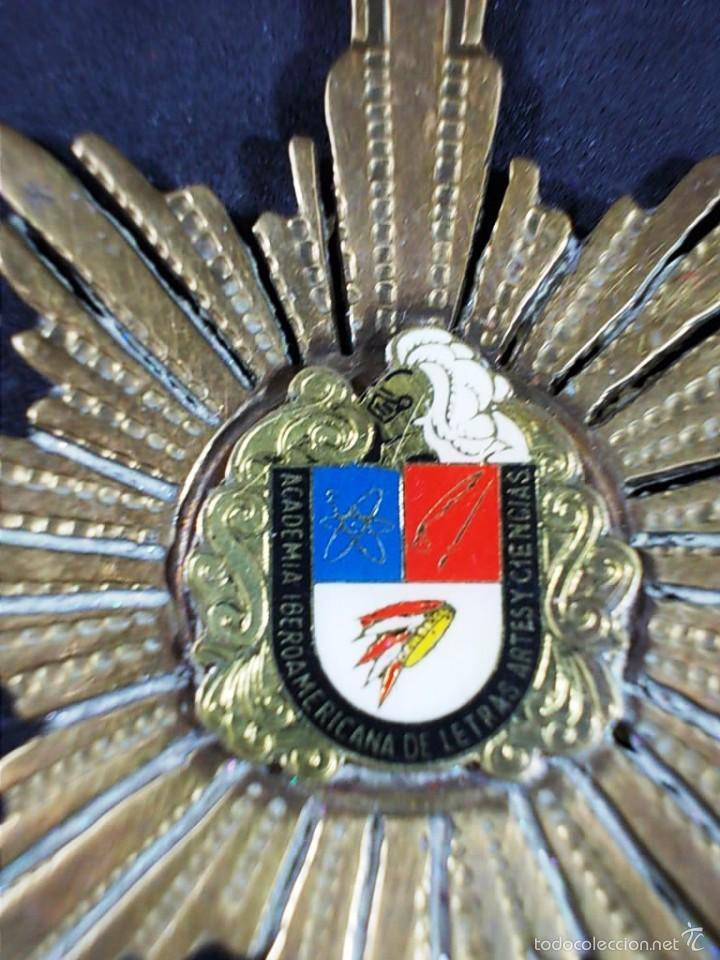 Medallas temáticas: MEDALLA DE LA ACADEMIA IBEROAMERICANA DE LETRAS ARTES Y CIENCIAS. - Foto 4 - 55640021