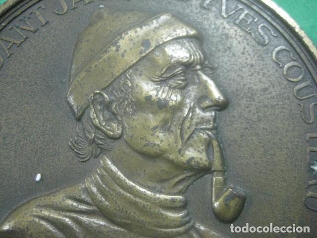 Medallas temáticas: ENORME MEDALLA DE BRONCE CINCELADO DE JACQUES YVES COUSTEAU Y SU BARCO EL CALYPSO, 210 GRAMOS - Foto 3 - 62621360