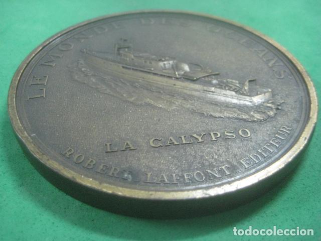 Medallas temáticas: ENORME MEDALLA DE BRONCE CINCELADO DE JACQUES YVES COUSTEAU Y SU BARCO EL CALYPSO, 210 GRAMOS - Foto 7 - 62621360